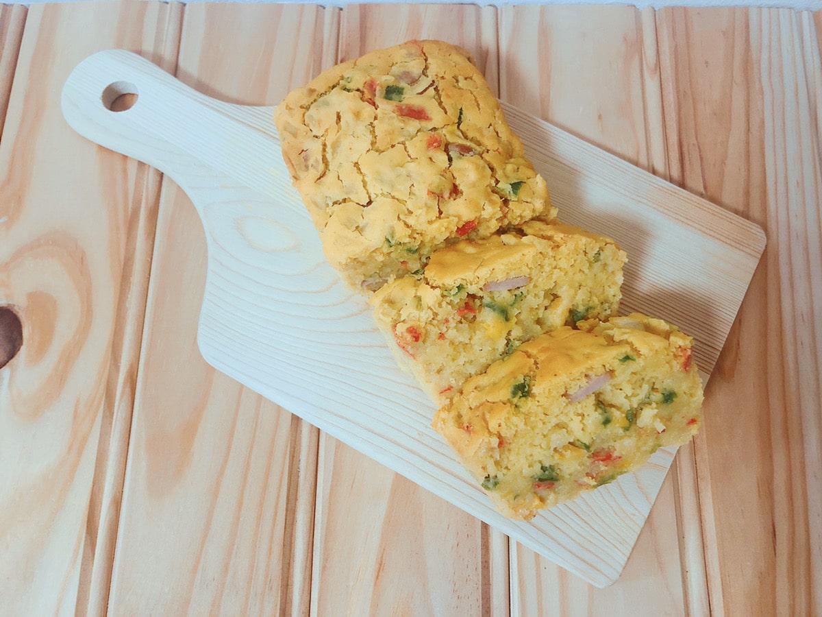 米粉ケークサレ♪卵なし小麦粉なしチーズなし!カレー粉風味!米粉レシピ