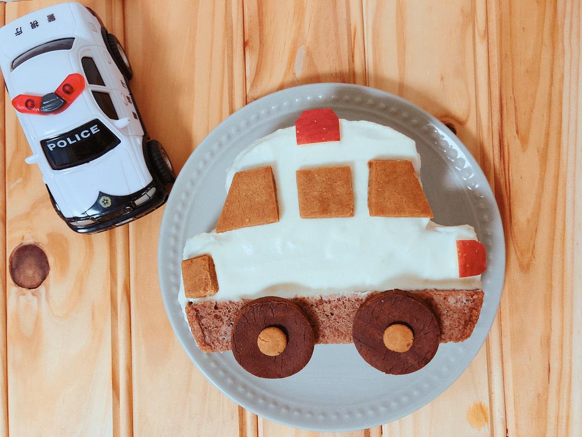 手作りパトカーケーキ 車ケーキ トミカケーキ 簡単誕生日ケーキ