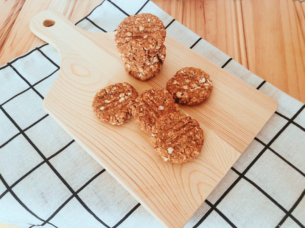 きな粉オートミールクッキー レシピ ノンオイル バターなし 小麦粉なし 油なし 簡単 オートミールクッキーレシピ