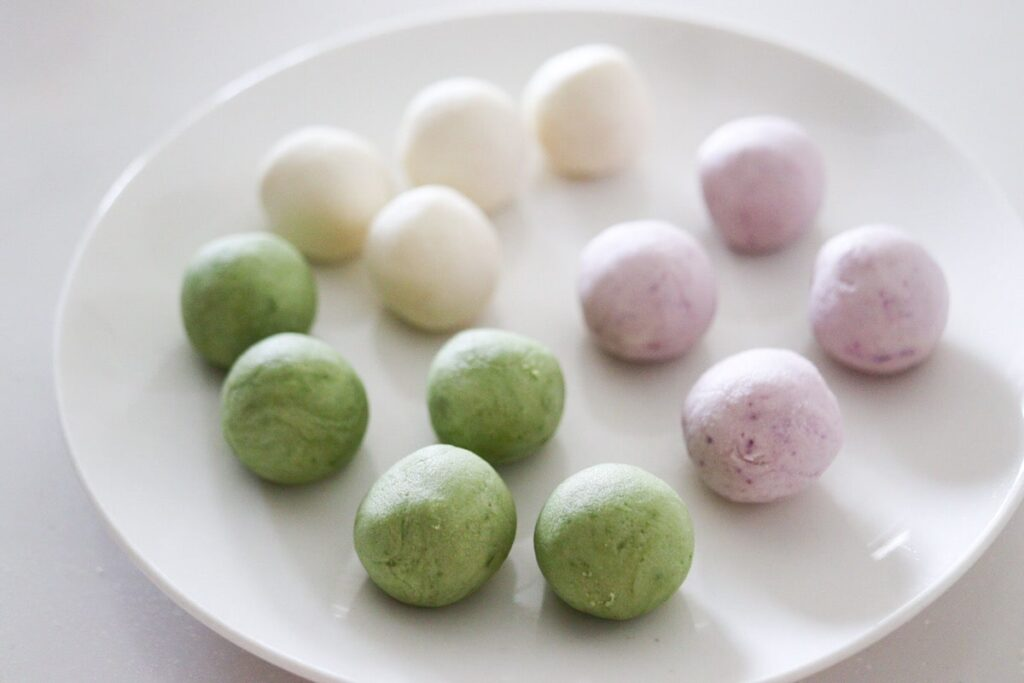 三色団子 ほうれん草パウダー 紫芋パウダー 抹茶パウダー