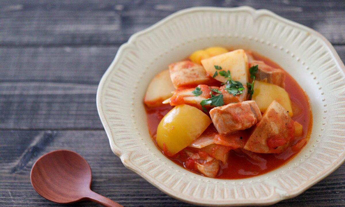 マグロ じゃがいも トマト煮込み マルミタコ風
