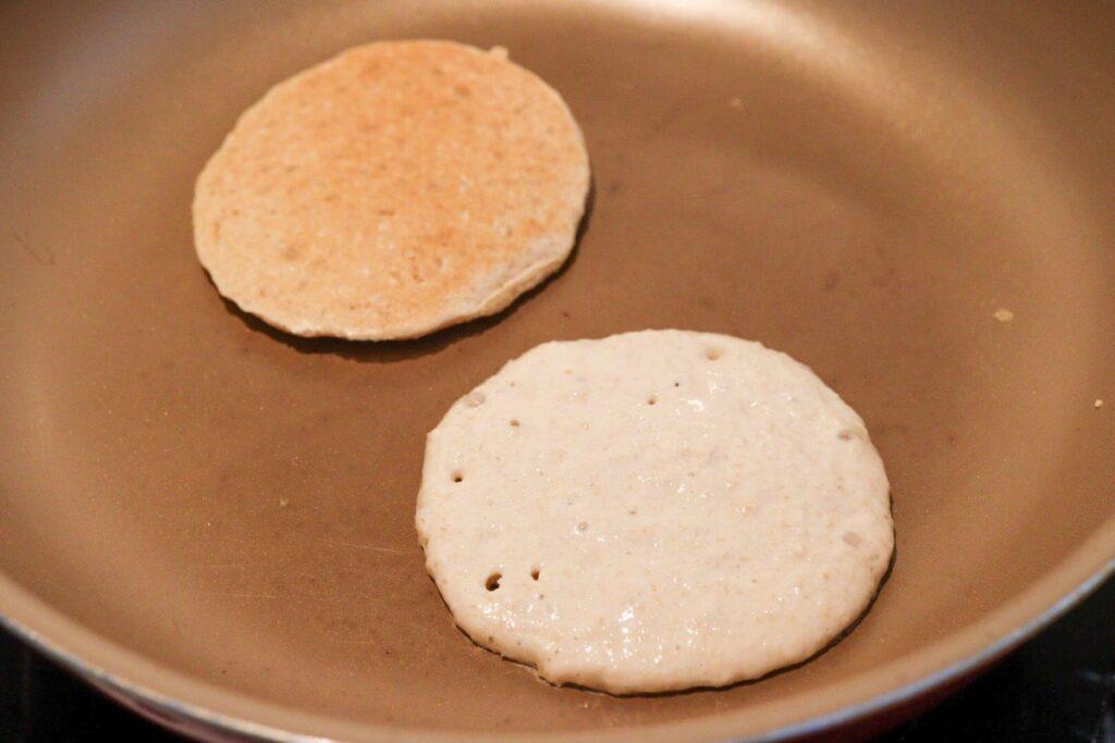 オートミール パンケーキ 卵なし 小麦粉なし バナナなし